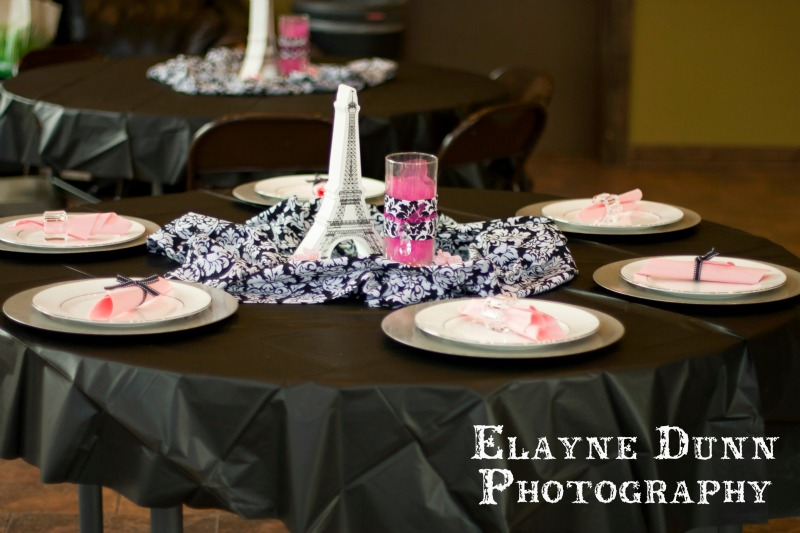 Paris Party Table Setting