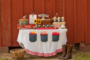 Barnyard Buddies Brunch Table