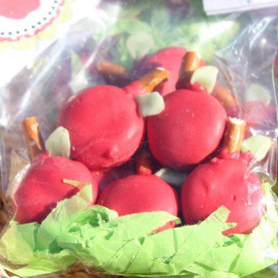 Oreo Apple Treats {Teacher Appreciation}