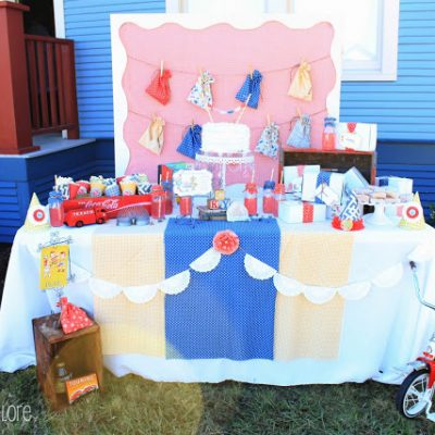 Party Backdrop {DIY Frame}