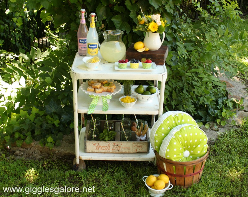 Lemonade bar on cart