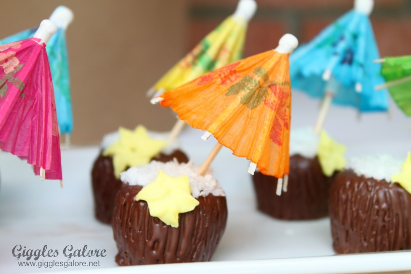 Coconut Drink Cakeballs
