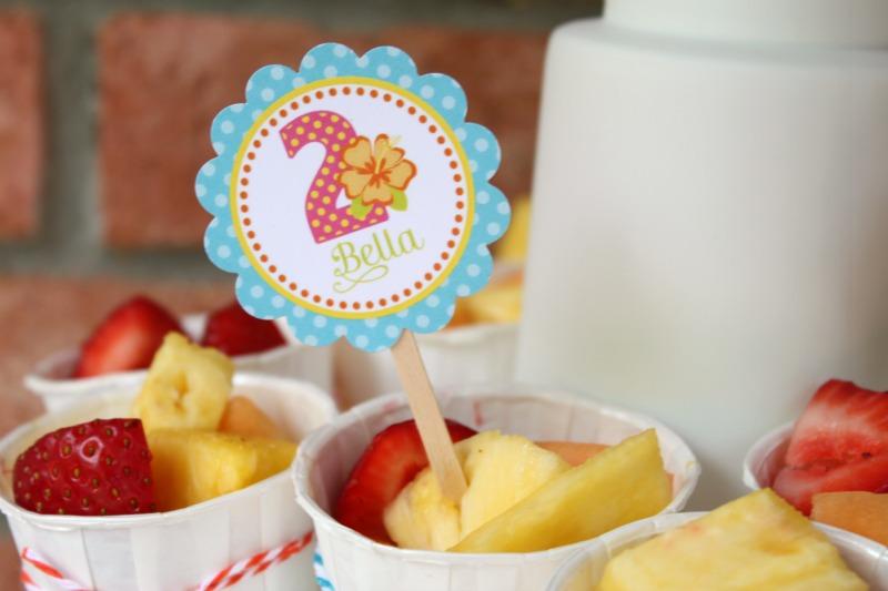 Luau Cupcake Circles