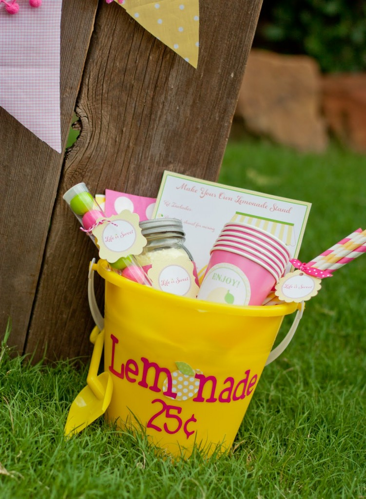 Make Your Own Lemonade Stand Bucket