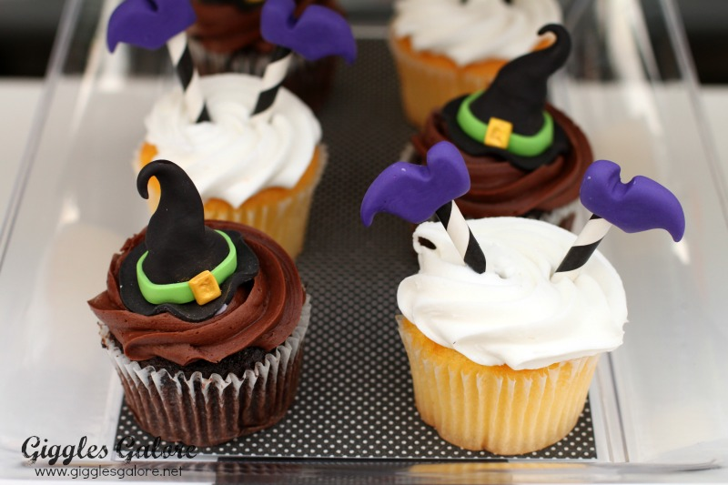 Black Hat Bake Shoppe Cupcakes