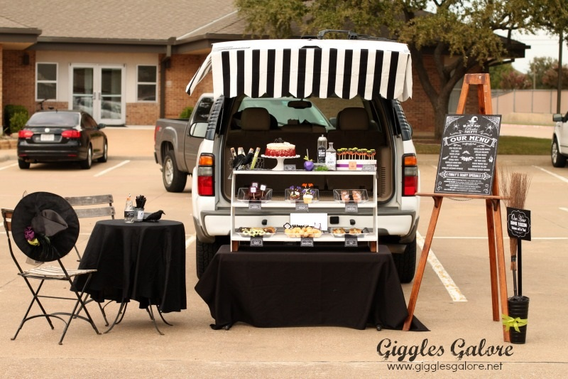 the black hat bake shoppe trunk or treat giggles galore. Black Bedroom Furniture Sets. Home Design Ideas