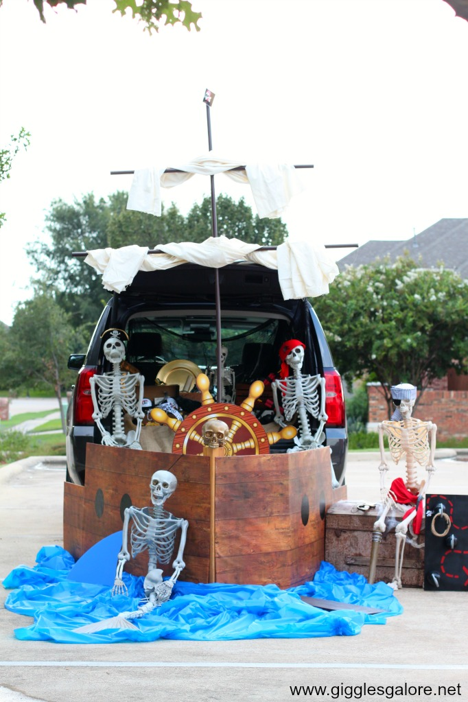 Pirate ship trunk or treat ideas