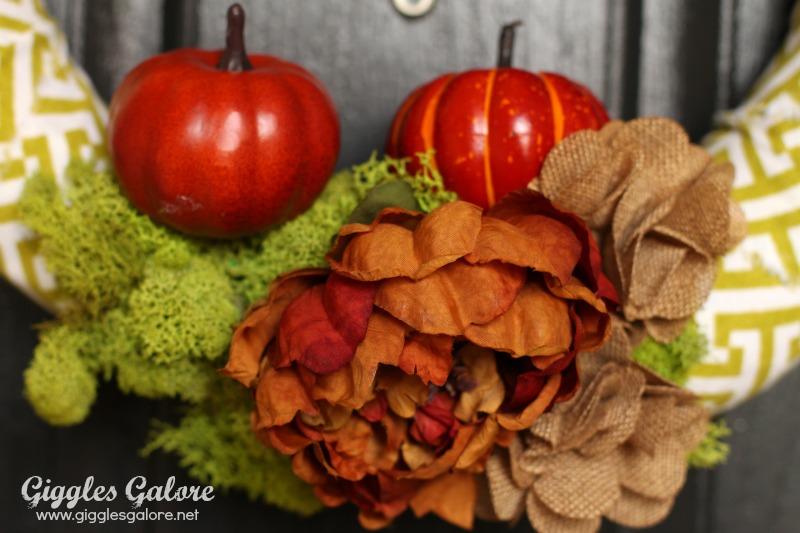 Flowers on 5 Minute Fall Wreath