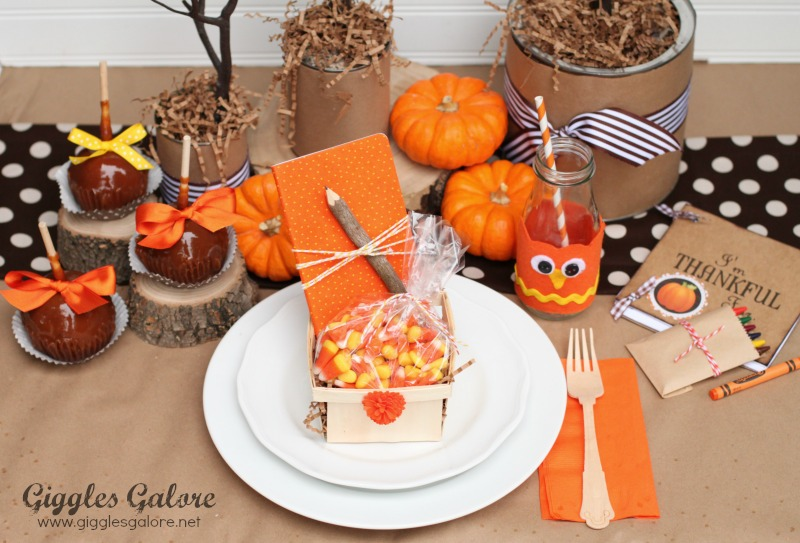 Kids Thanksgiving Table Owl Theme & Whoo\u0027s Thankful Kids Thanksgiving Table Setting - Giggles Galore