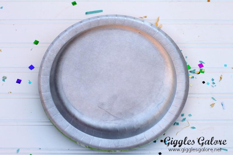 Paper Plates Noise Maker