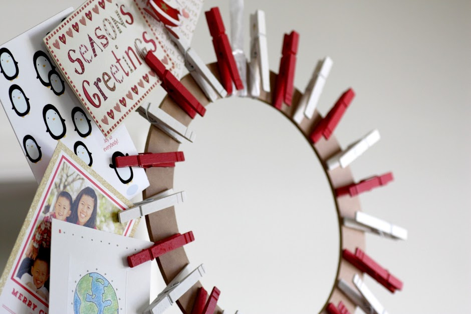 clothespin-christmas-card-holder-wreath-photo-Catch-My-Party