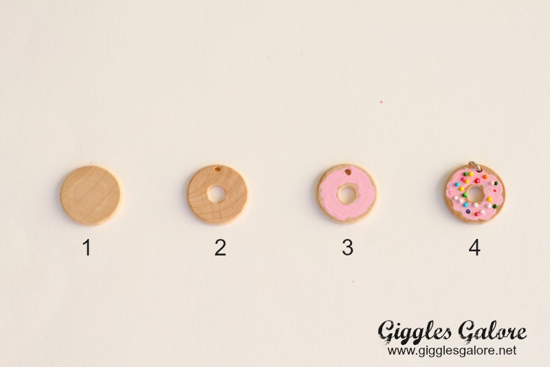 Donut Necklace Tutorial