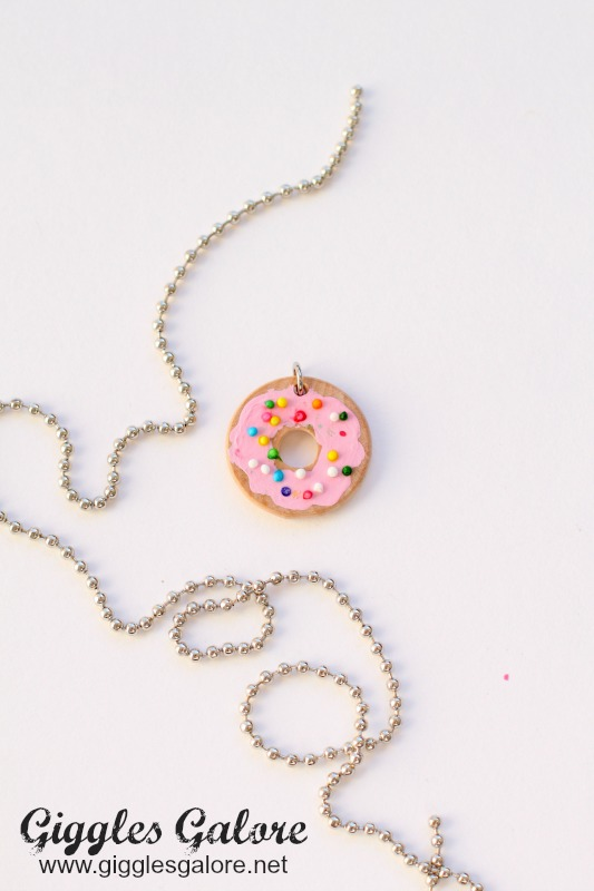 Donut Necklace with Sprinkles Tutorial