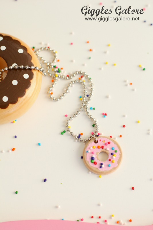 Sprinkle Donut Necklace Tutorial