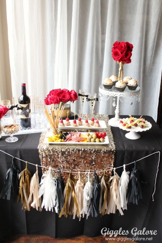 Giggles Galore Oscar Party Ideas