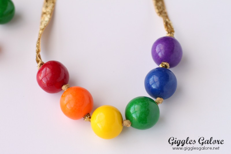 Gumball Necklace Knots