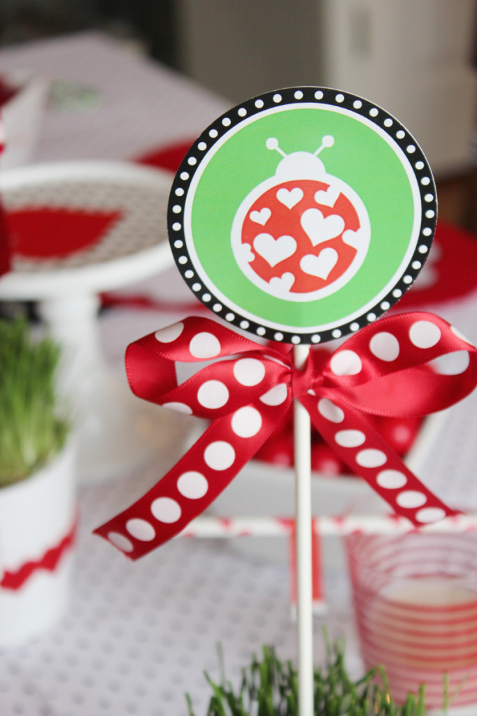 love bug centerpiece stick