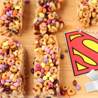 Superhero Cheerio Breakfast Bars