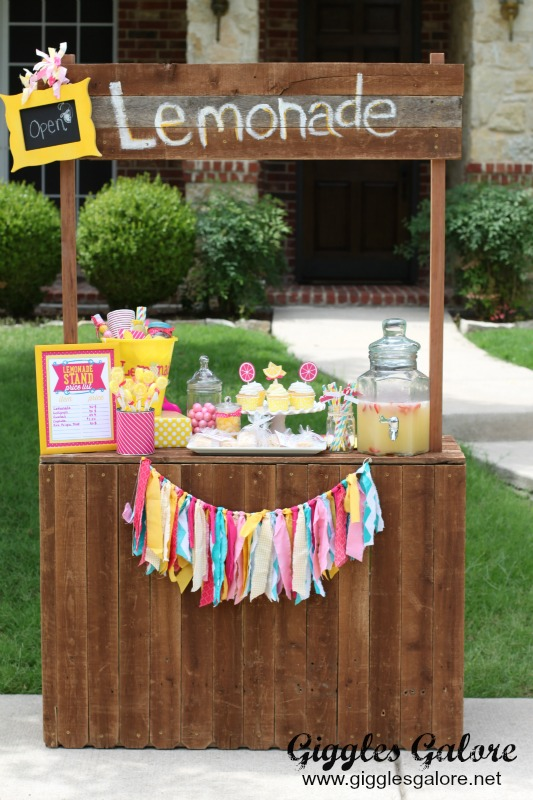 Lemonade Stand Giggles Galore