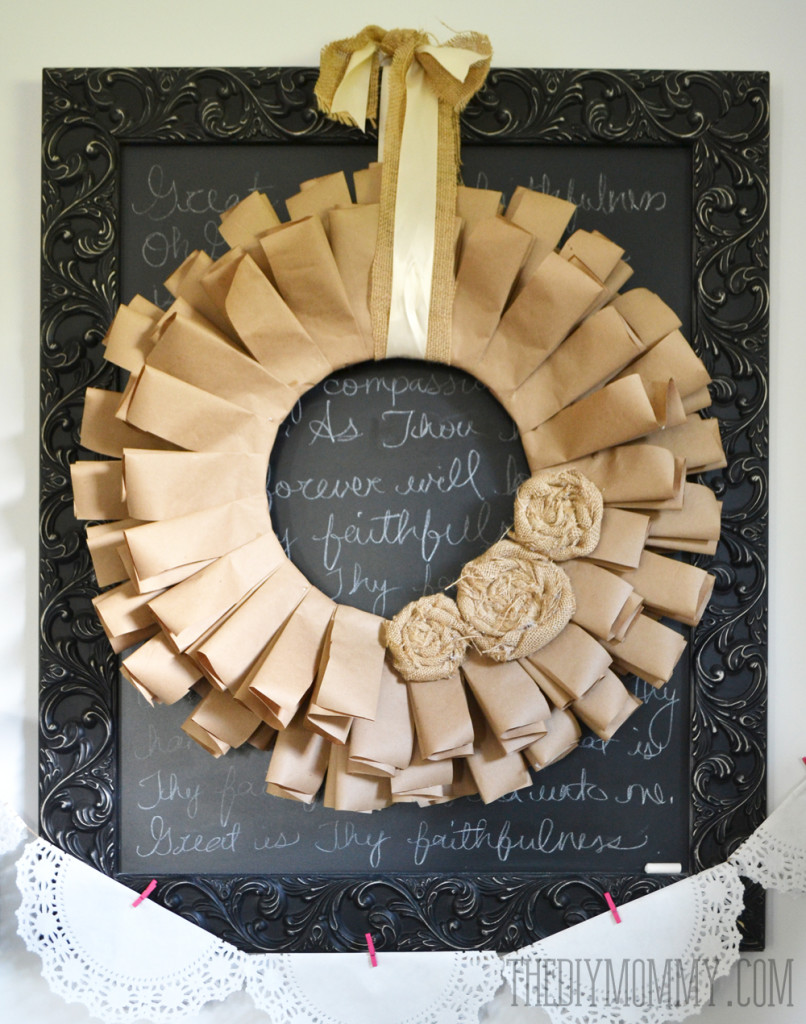 Brown-Paper-and-Burlap-Recycled-Fall-Wreath-3-806x1024