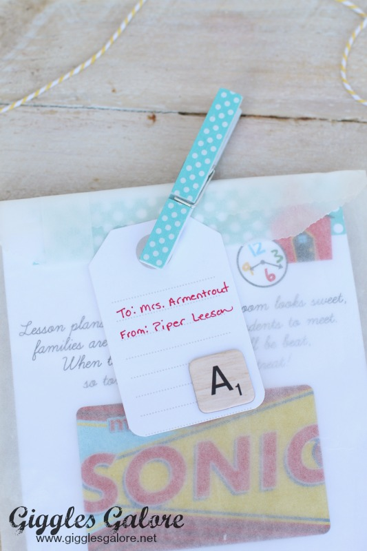 Teacher Dinner Gift Card Tag
