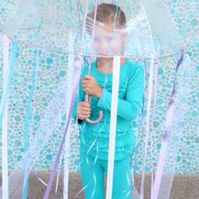 10 Minute Homemade Jellyfish Costume