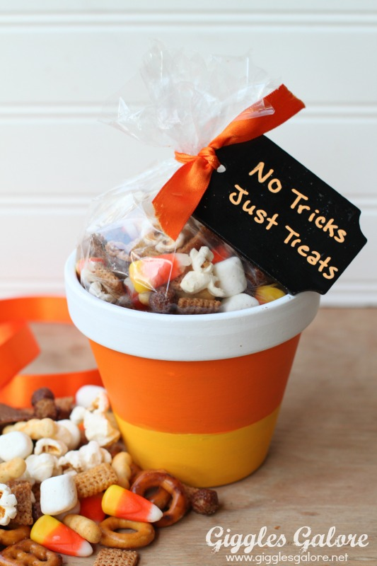 Halloween Candy Corn Pots with Chex Mix