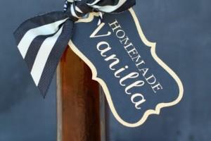 Homemade Vanilla Extract – Christmas Gift Idea