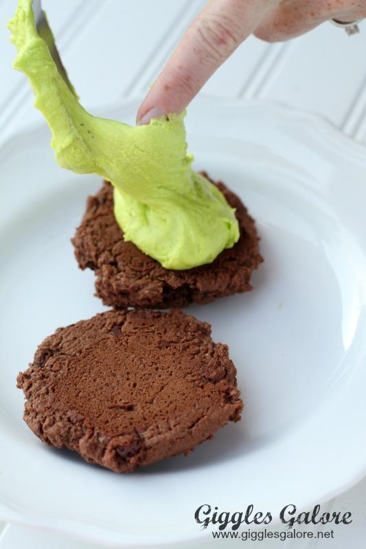Icing Between Cookies