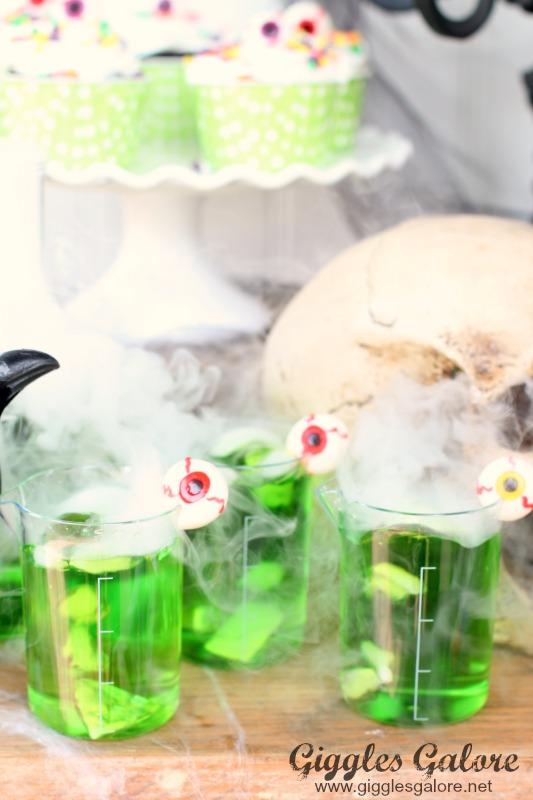 Mad Scientist Mini Lab Beaker