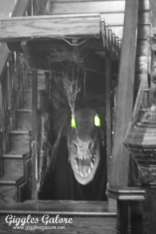Pet Dragon_Munster Mansion