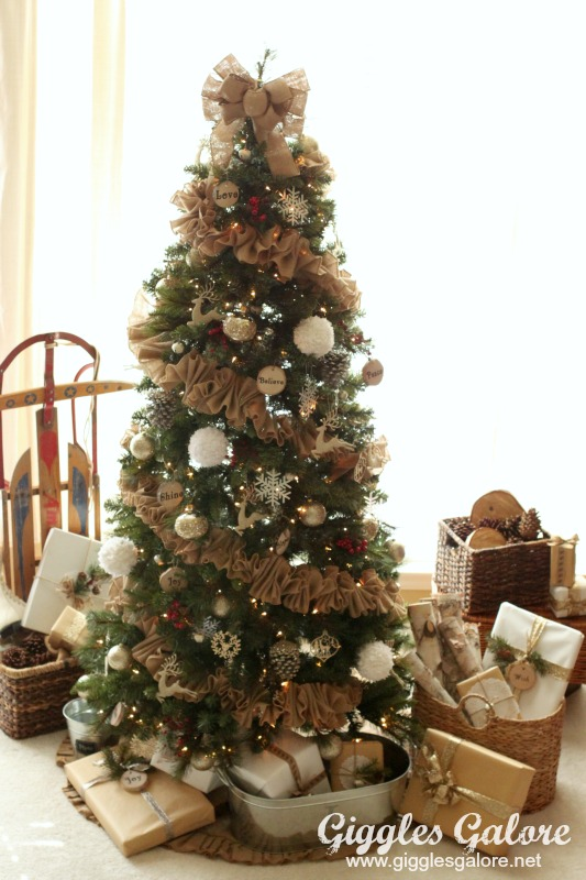 dream tree challenge rustic reindeer christmas tree. Black Bedroom Furniture Sets. Home Design Ideas