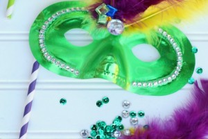 DIY Mardi Gras Masks_Giggles Galore