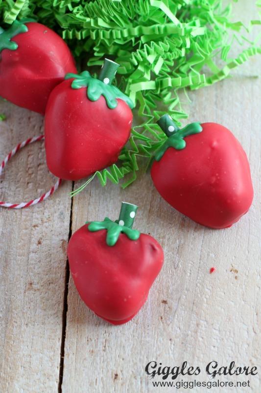 Oreo Truffle Strawberries