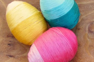 Thread-Wrapped-Easter-Eggs-1--650x896