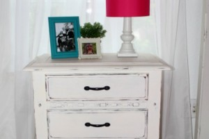 DIY Chalky Finish Nightstand Makeover_GG