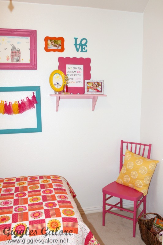 Girls Bedroom Makeover_Hot Pink Chair