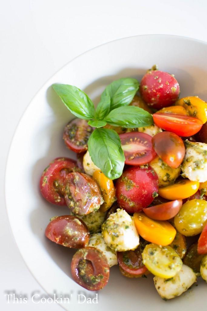 Pesto-Caprese-Salad-1-683x1024