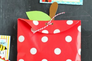 DIY Apple Treat Bags & Printable Lunch Box Notes