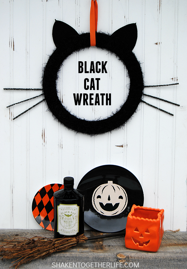 black-cat-wreath-halloween-wreath-hero