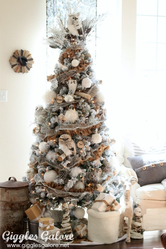 winter woodland christmas tree_giggles galore - 2016 Christmas Decor Trends