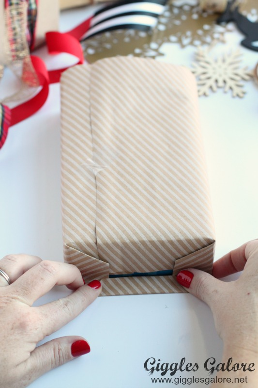 How to Get Perfect Edges Gift Wrap