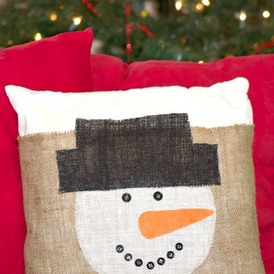 DIY Burlap Snowman Pillow Cover