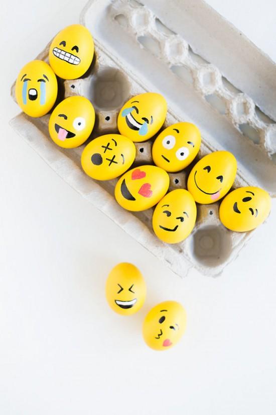 Emoji Easter Eggs, Easter Egg Decorating Ideas