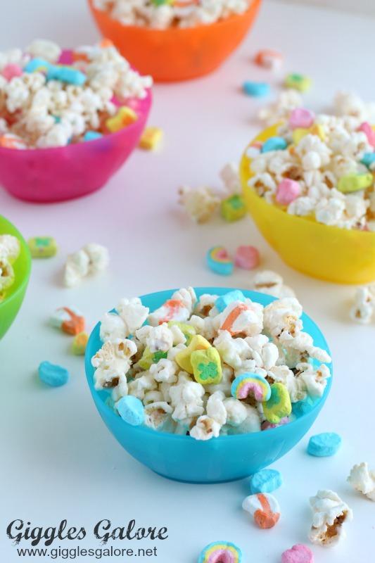 Rainbow Lucky Charm Popcorn