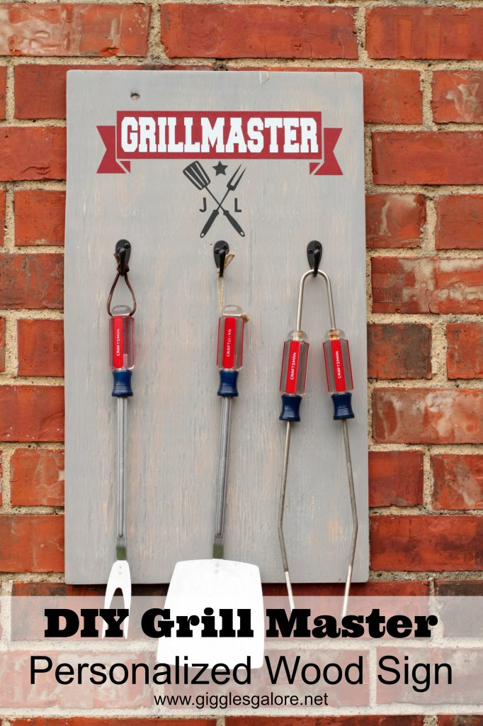 DIY Grill Master Personalized Wood Sign_Giggles Galore