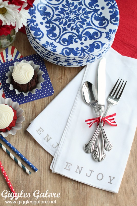 Entertaining with DIY Stamped Napkins