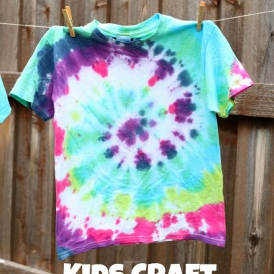 Kids Crafts: Tie Dye T-shirts