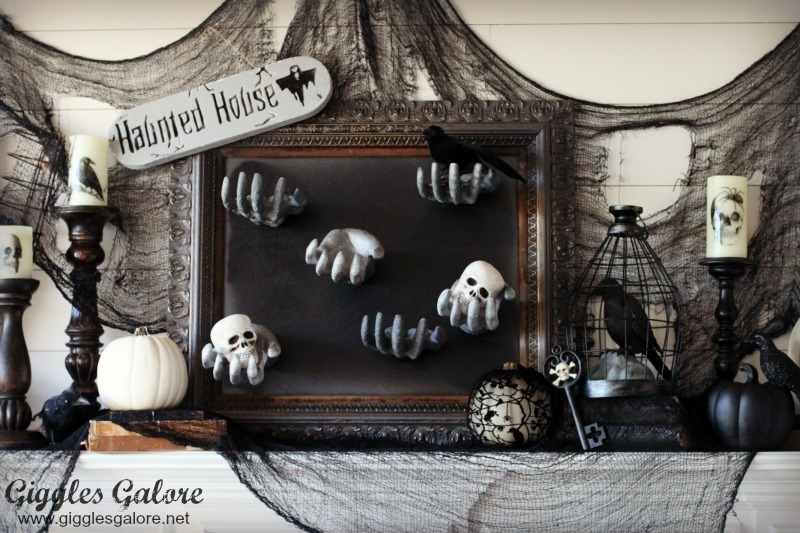 Diy creepy halloween hand picture frame giggles galore for Horror house decor