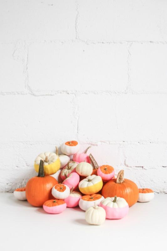 Balloon Dipped Pumpkins, 25 No Carve Pumpkin Decorating Ideas